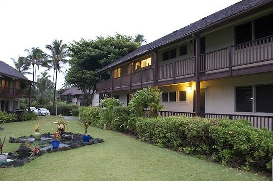 Hanalei Colony Resort: Typical Building layout