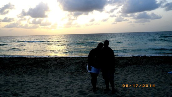 Holiday Inn Miami Beach : wife & i