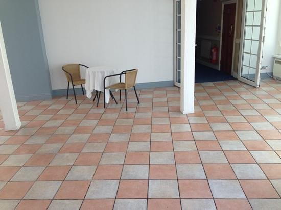 Basingstoke Country Hotel & Spa: Conservatory - Soulless?!