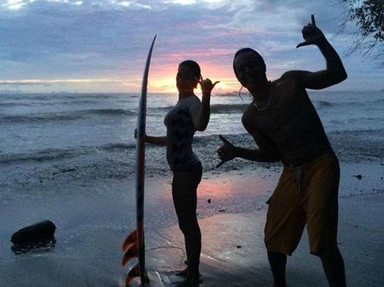 Sunset Surf Dominical - Day Lessons: Sunset surf!
