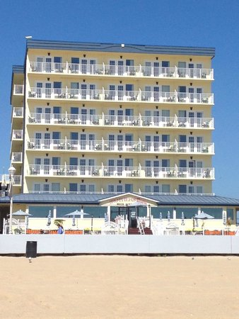 Howard Johnson Plaza Hotel - Ocean City Oceanfront: view from the beach