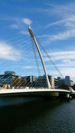 Samuel Beckett Bridge : A bridge...