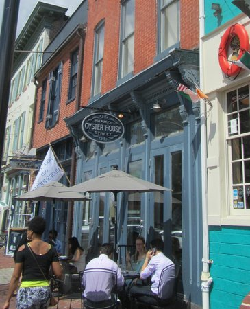 Thames Street Oyster House