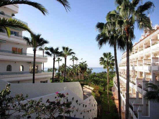 Hotel Riu Arecas: Pathway to the beach
