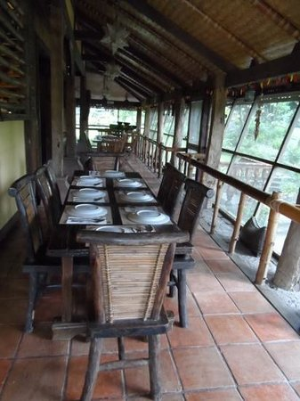 Abe's Farm: dining area