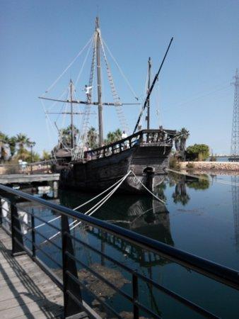 Muelle de las Carabelas: Descubriendo la Historia