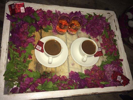 Mimoza Restaurant: Romantik