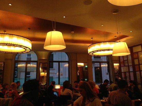 Angus Steakhouse: interno piano superiore