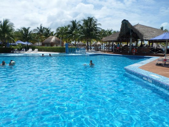 Presidente InterContinental Cancun Resort: Alberca