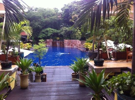 Victoria Angkor Resort & Spa: poolview