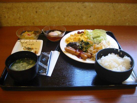Tourist Inn Kochi: 朝食バイキング