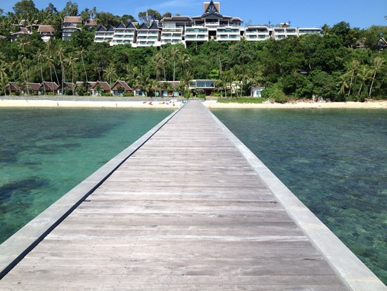 The Sunset Beach Resort & Spa, Taling Ngam : Jetty