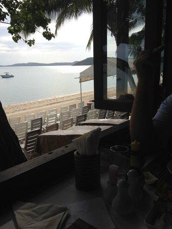 Smile House Resort: Breakfast view over BoPhut beach