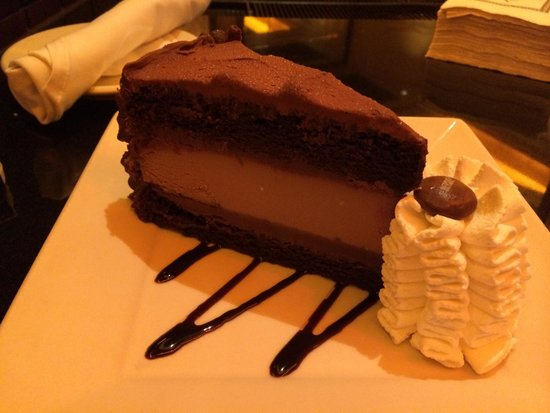 The Cheesecake Factory: What You Should Eat