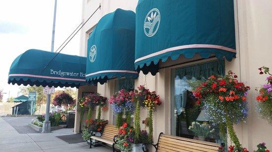 Bridgewater Hotel Entrance