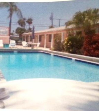 Bay Palms Motel Apartments St Pete Beach Fl