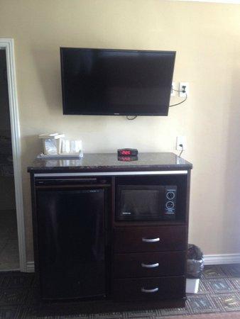 Seaside Motel: Television Flat Panel