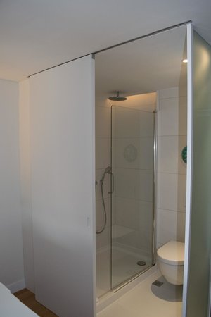 Barcelo Sants: ducha buenísima
