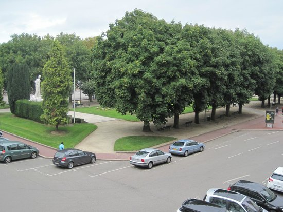 Hotel de la Paix: Park