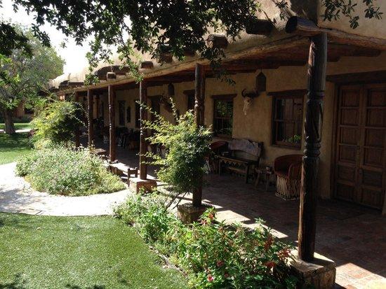 Gage Hotel: In front of Los Portales rooms