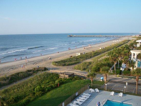 Tropical Seas Hotel : Beach from room