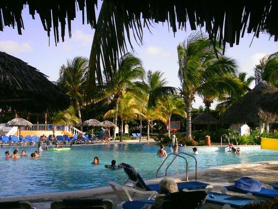 Melia Las Dunas : La piscine familiale
