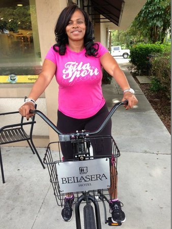 Bellasera Resort : Biking around town