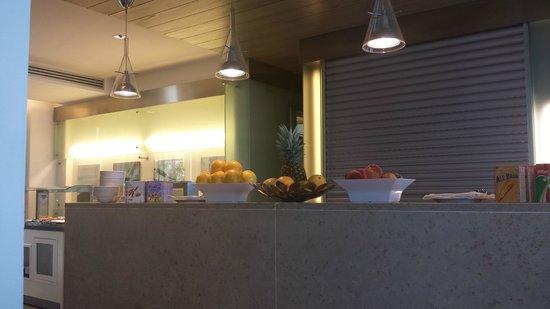 Barcelo Aran Blu: Part of the restaurant area