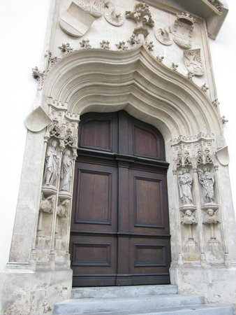 Cathedral (Domkirche): Portal