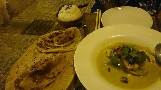 Appetite Palma: De entrante curry verde de pollo con patatas