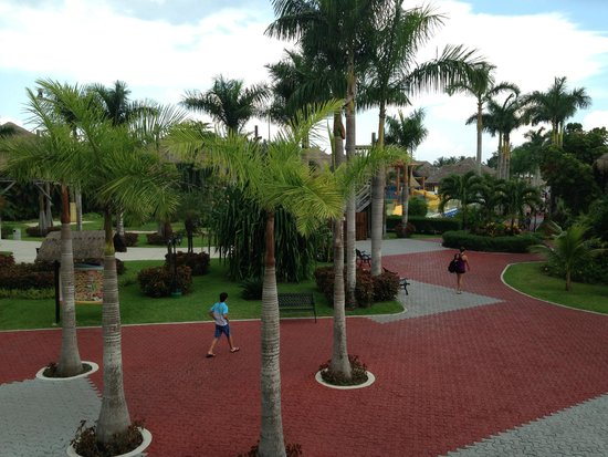 Allegro Cozumel: View from lobby