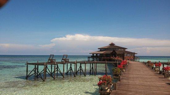 Lankayan Island Dive Resort : Vista del comedor