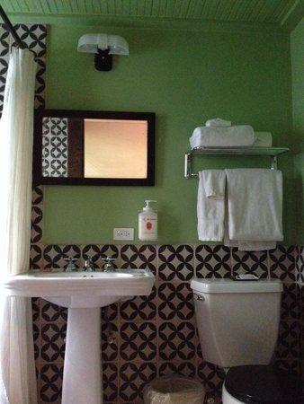 "Hotel Havana: Loved every detail of this hôtel and bedroom (number 14). Too bad the bathroom ""door"" was so lou"
