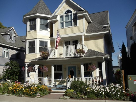 Cottage Inn of Mackinac Island: The most charming inn on the planet