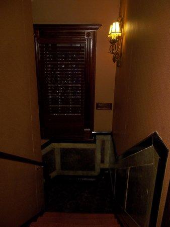 Hotel 17: pasillo