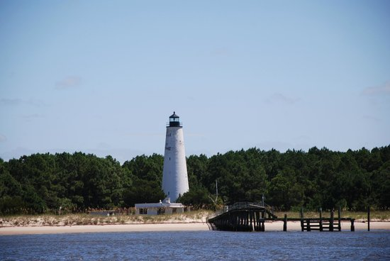 Rover Boat Tours - Carolina Rover: Lighthouse