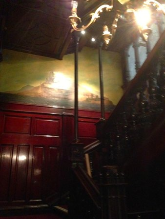 Sloan's Bar and Restaurant: The old staircase