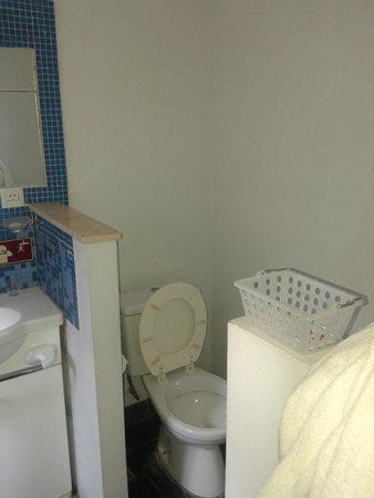 Hosteria Foike: baño