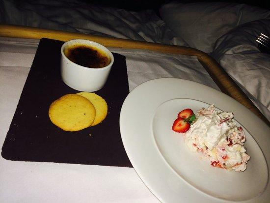 Seiont Manor Hotel: Room service :)