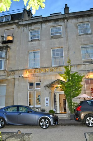The Rodney Hotel: Rodney Hotel frontage - evening