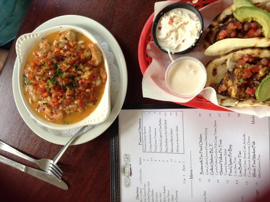 Palm Valley Fish Camp : Shrimp w/grits and fish tacos