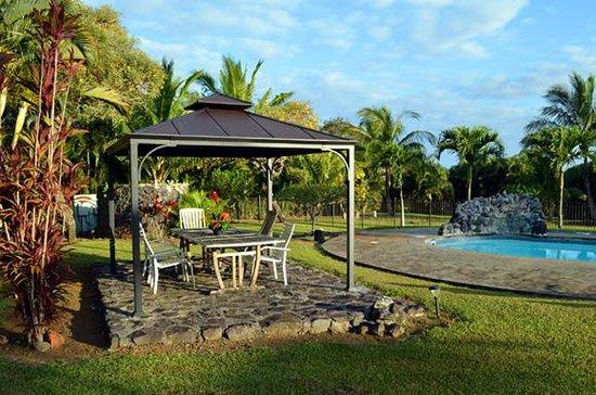 Maui Ocean Breezes: Gazebo