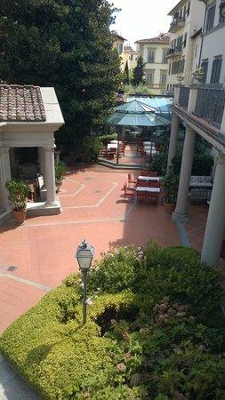 Hotel Montebello Splendid: Restaurant /Courtyard