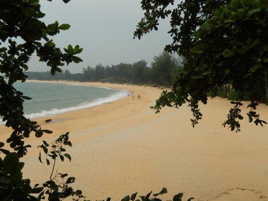 Tanjong Jara Resort: Beach from the balcony