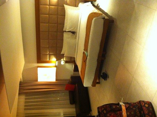 Fontana Hotel Bali: Deluxe adjoining room