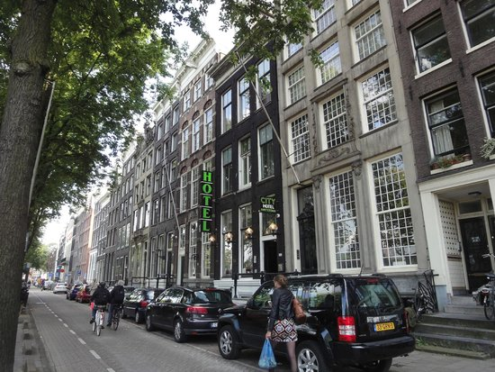 City Hotel Amsterdam: Fachada Principal