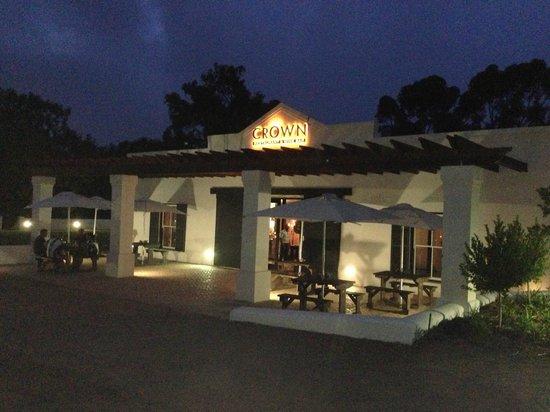 The Crown Restaurant: Crown Restaurant & Wine Bar
