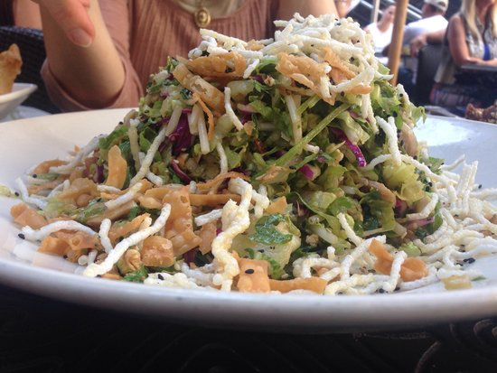 The Cheesecake Factory : Asian salad