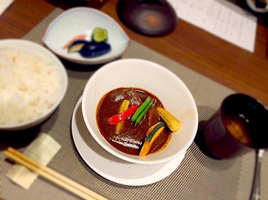Hakone Pax Yoshino: 夕食のメイン料理、ビーフシチュー。