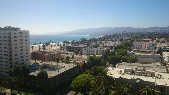 Huntley Santa Monica Beach: the incredible view from our room